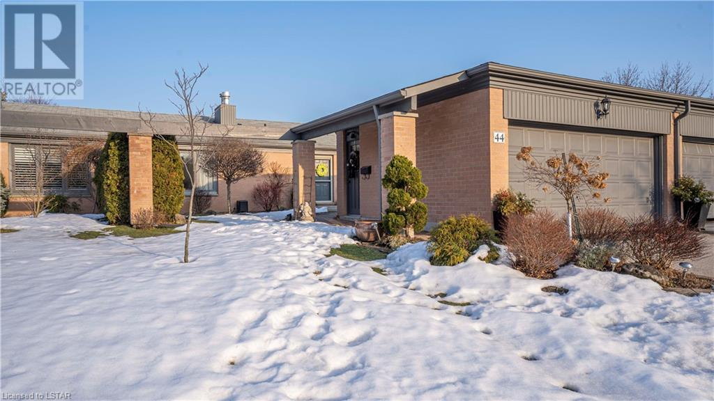 50 Fiddlers Green Road Unit# 44, London, Ontario  N6H 4T4 - Photo 1 - 40076393