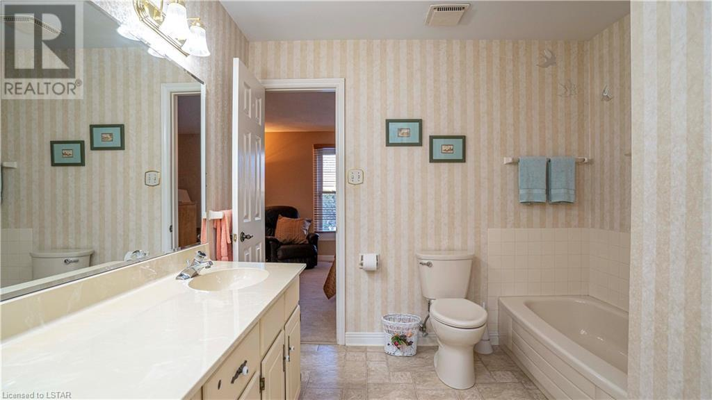 50 Fiddlers Green Road Unit# 44, London, Ontario  N6H 4T4 - Photo 18 - 40076393